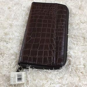 NWT Large Liz Claiborne Wallet